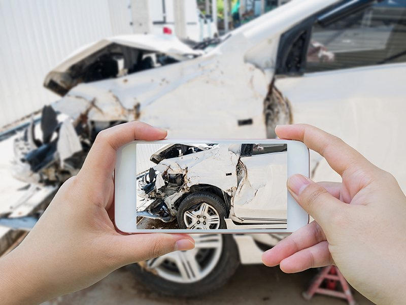 Be aware of the main benefits of hiring a qualified car accident lawyer